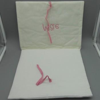 """ref.050808-RC-B720-Bolsa de lingerie em favo branco - """"Mãe"""" - bordado rosa - aberta"""