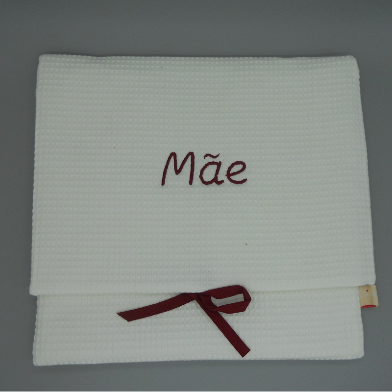 """code 050808-EB-B720 - White waffle lingerie purse - """"Mãe""""/""""Mother"""" - bordeaux embroidery"""