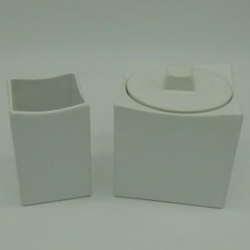 ref.036802/03 - Duo de cerâmica branca para casa de banho