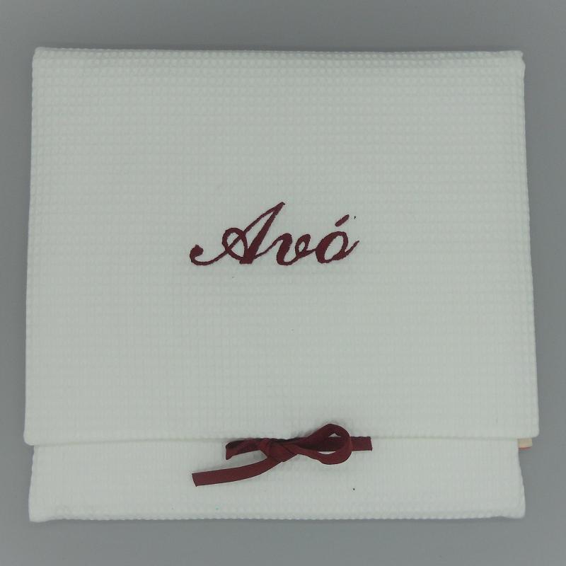 "ref.050808-EB-B722-Bolsa de lingerie em favo branco - ""Avó"" - bordado bordeaux"