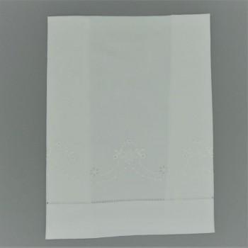 ref.050801-BR 1-Toalha visita 40x60 - branca - bordado 1