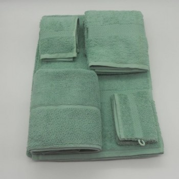 code 050260-WZ -  3 Pc A Bath towel set with bathmit and matching bathmat