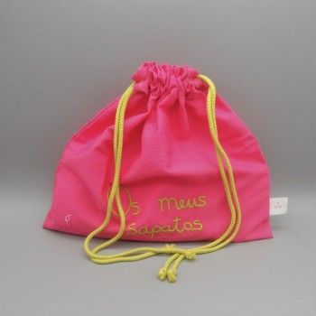"code 050807-RP-VP - Pink fustian drawstring bag "" Os meus sapatos"" /""My shoes"" - pistacchio green embroidery"