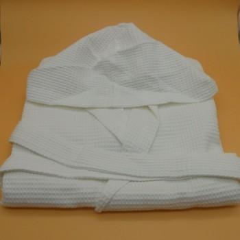 ref.050827-BR-8-10A - Robe com capuz favo/piqué branco