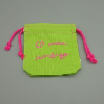"""ref.050823-VP-RC-Saco para umbigo """" o meu umbigo"""" em Fustão - bordado rosa pink"""