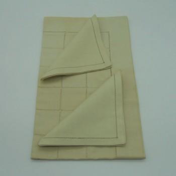 ref.050467-Areia-50x170/40x40-2 - Conjunto de corredor de mesa com quadrados e 2 guardanapos - Areia