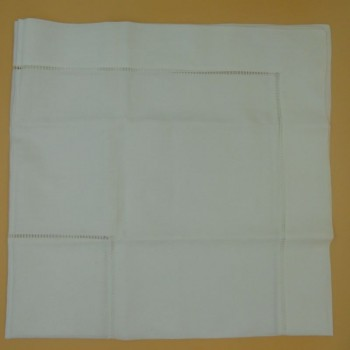 ref.050473-BR-110X110-Toalha de mesa com 2 filas de ajour - Branco