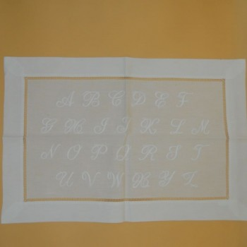 ref.050476-BR - Pano de tabuleiro - abecedário