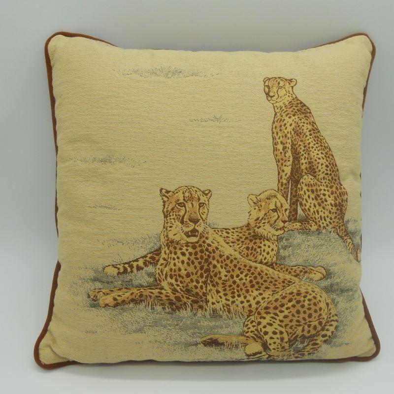 code 050629-34X34 - Cushion - Leopards - 34x34 cm - front
