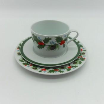 ref-615259/615253- Conjunto de chávena de pequeno almoço e pires com prato de sobremesa - Azevinho