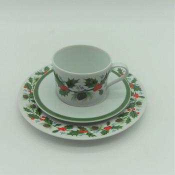 ref. 615257/615253- Conjunto de chávena de chá e pires com prato de sobremesa - Azevinho