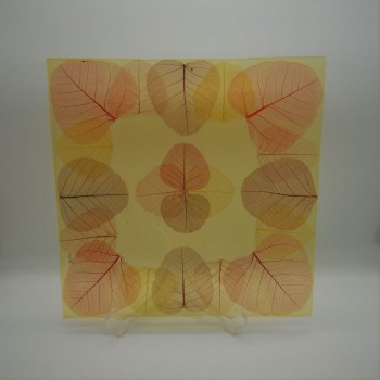 code 039031 - Square plate 45 cm - leaves
