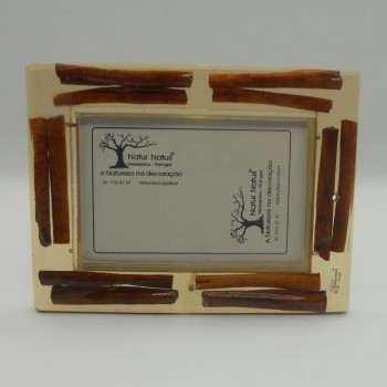code 039214 - Natural resin straight picture frame - small 1 - cinnamon