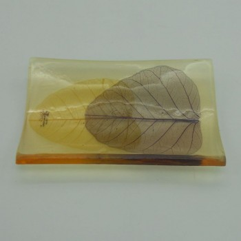 code 039811-R - Natural resin soap dish - leaves