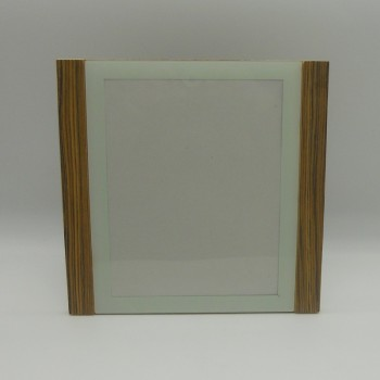 ref.039237 - Moldura em acrílico  com 2 barras simulando  madeira