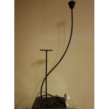 ref.032207 - Base de candeeiro de mesa com castiçal em ferro - Gold 4004