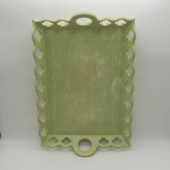 code 070368 - Wooden rectangular décapé green tray - Clover