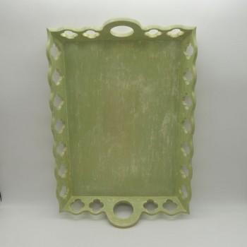 code 070368 - Wooden rectangular décapé green tray - Clover