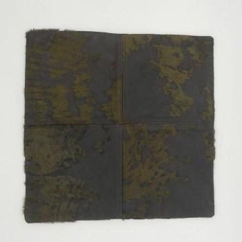 ref.072404-Capa de almofada em pele de cavalo - queimada com àcido