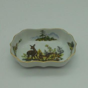 code 800081D-T-V2 - Rectangular bowl/Ashtray - female deer harem