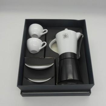 ref.900021-Cafeteira italiana e 2 chávenas de café com pires