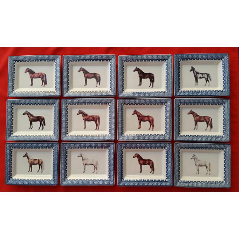 ref.200301-LX2-Colecção de bandejas - Raças de cavalos